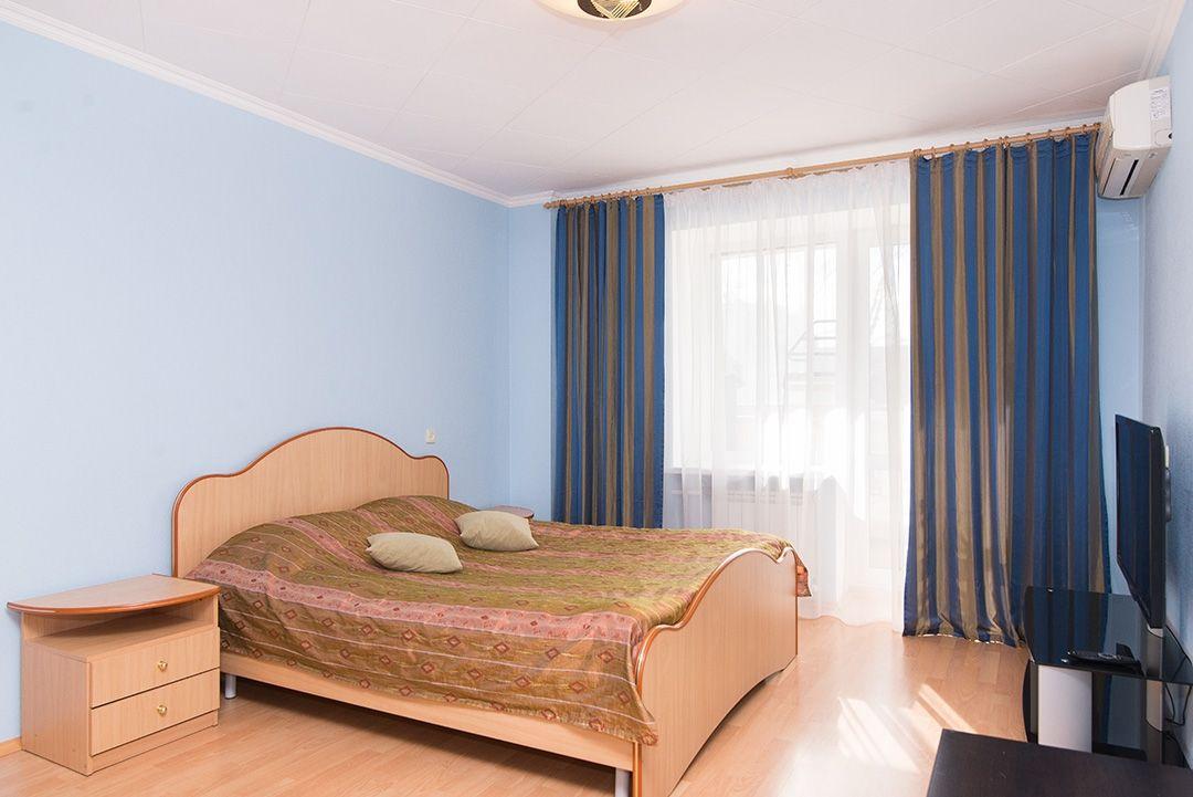 Снять квартиру с шестом для стриптиза посуточно в екатеринбурге